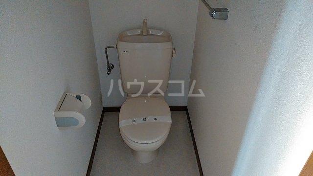 シュトラーセ藤沢B 101号室のトイレ