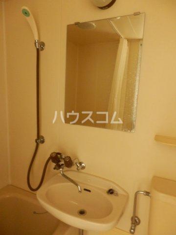 宮川ビル 301号室の洗面所