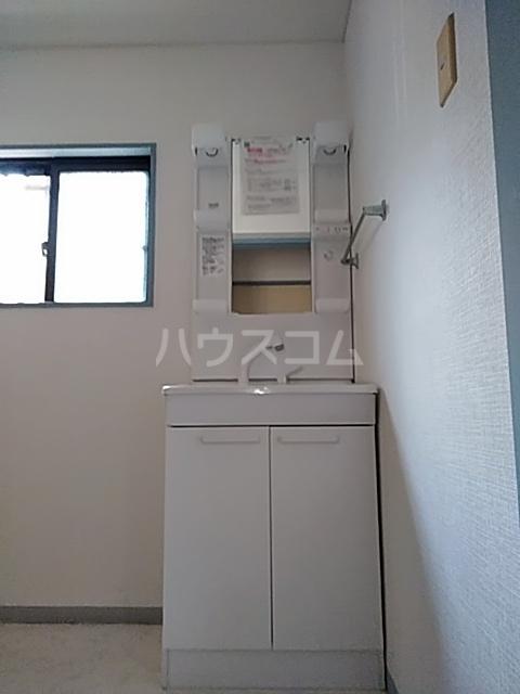 JCマンション 105号室の洗面所