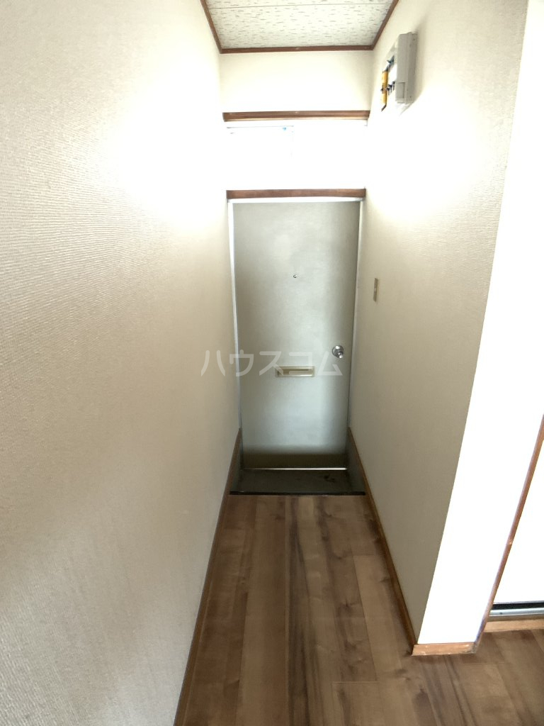 コーポ福伸 64号室の玄関