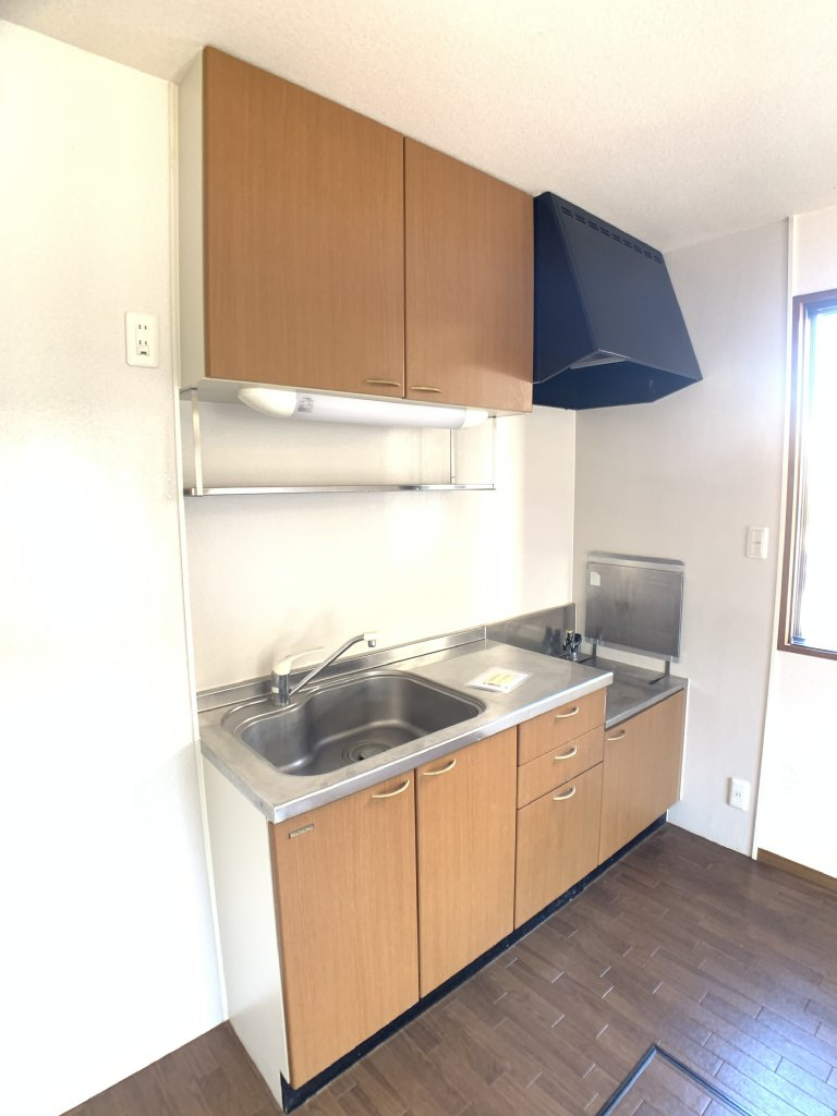 クレセントⅢ 101号室のキッチン