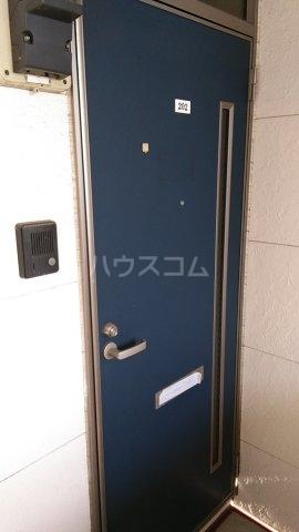 ハイハイツⅢ B 202号室のエントランス