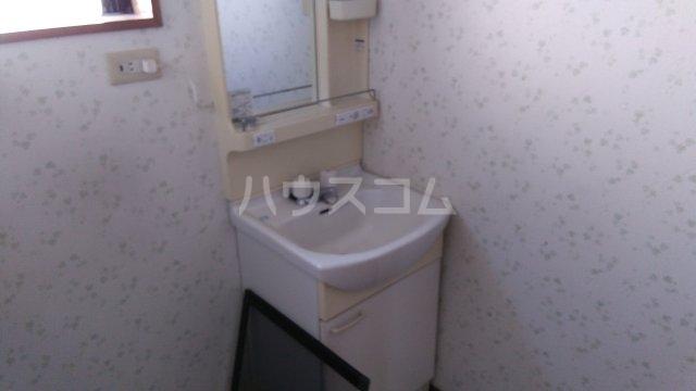 ハイハイツⅢ B 202号室の洗面所