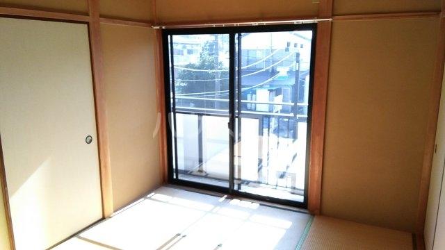ハイハイツⅢ B 202号室のベッドルーム
