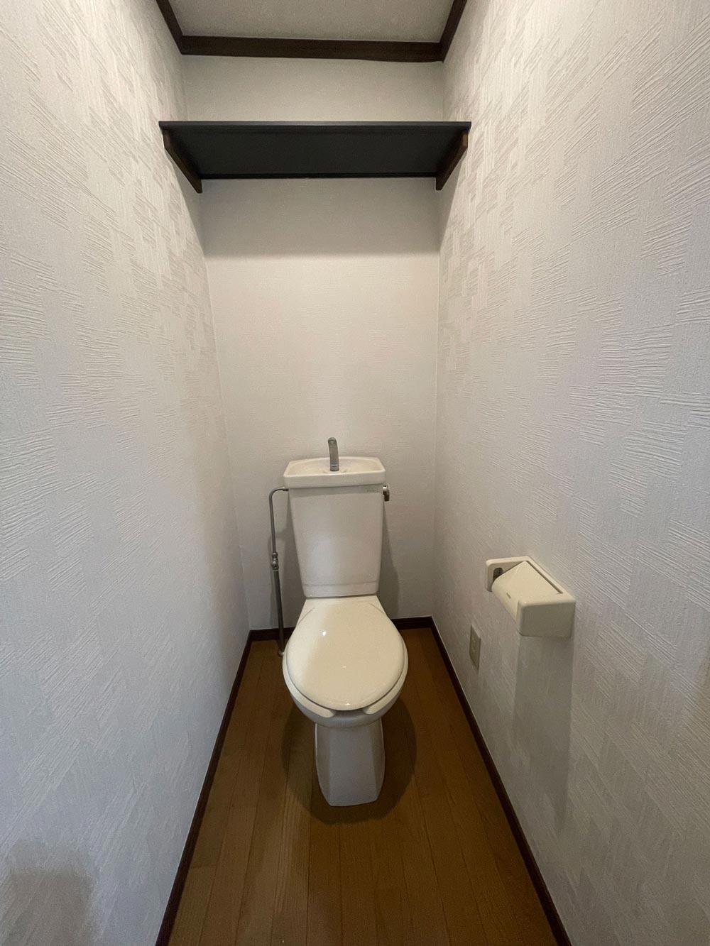 ヒルズ湘南 202号室の洗面所