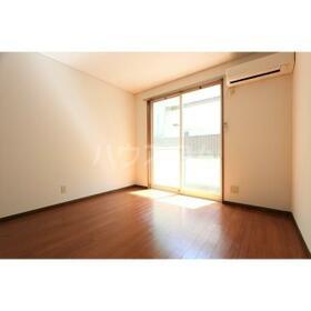 スペース桜ヶ丘 105号室のリビング