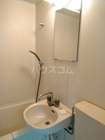 ハイムプリマヴェーラ 102号室の洗面所