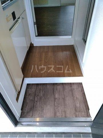 ハイムプリマヴェーラ 102号室の玄関