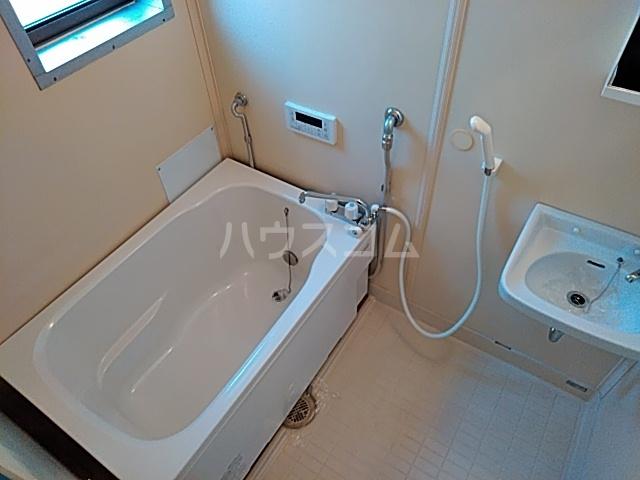 第二袖ヶ浜ハイツ 205号室の風呂