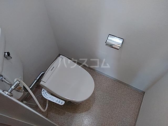 第二袖ヶ浜ハイツ 205号室のトイレ