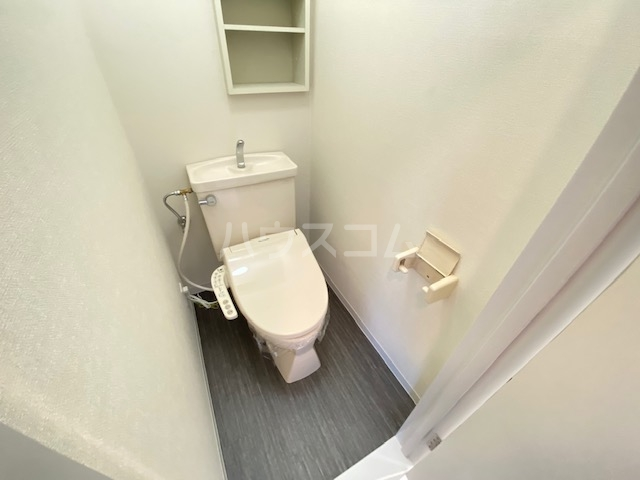セピアレジデンスⅡ 302号室の洗面所