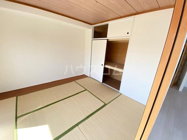 セピアレジデンスⅡ 302号室の収納