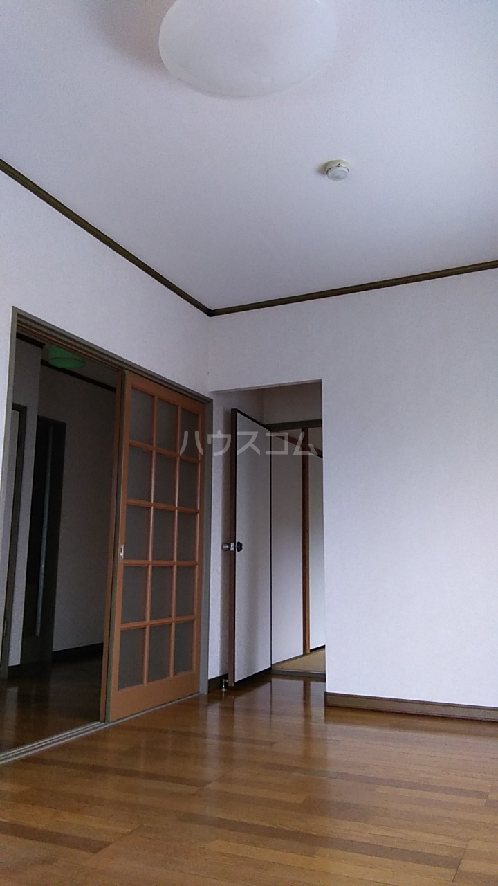 サニイプレイス 105号室のリビング