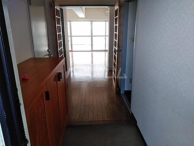 スカイコート 306号室の玄関