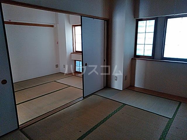 スカイコート 306号室の居室