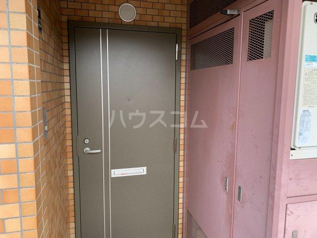 アゼリアコート湘南 303号室のセキュリティ