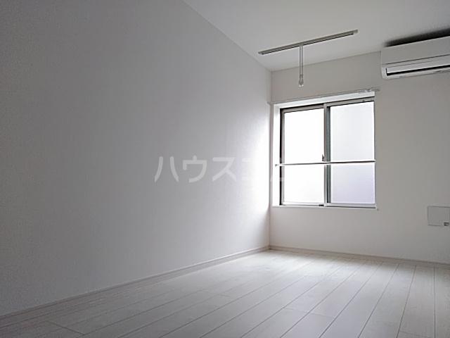 レモングラスA棟 302号室のベッドルーム
