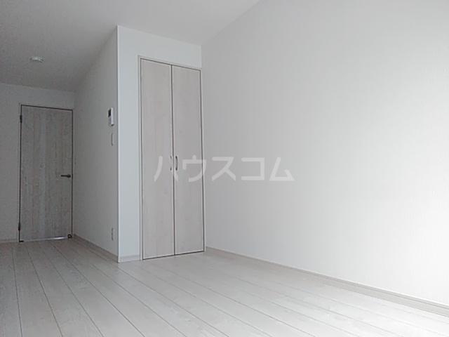 レモングラスA棟 302号室のリビング