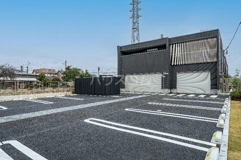 Gargantua M号室の駐車場