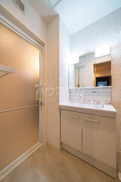 Gargantua M号室の洗面所
