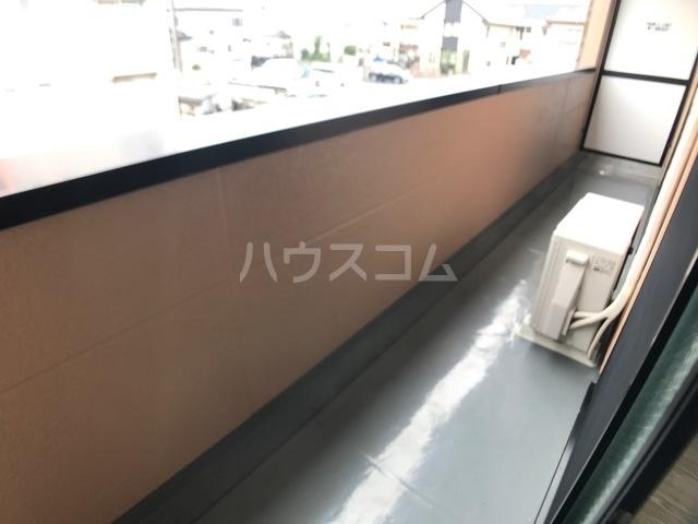 ベル ヴュー 206号室のキッチン