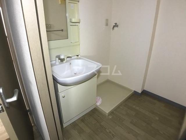 ベル ヴュー 206号室の収納