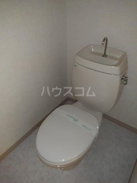 コンフォート北国分Ⅰ 103号室のトイレ