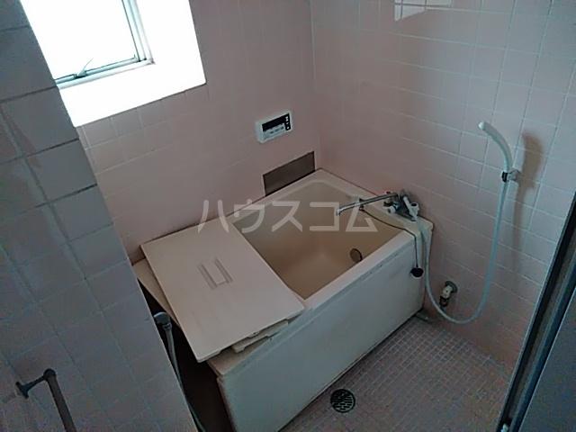 佐川コーポ 302号室の風呂