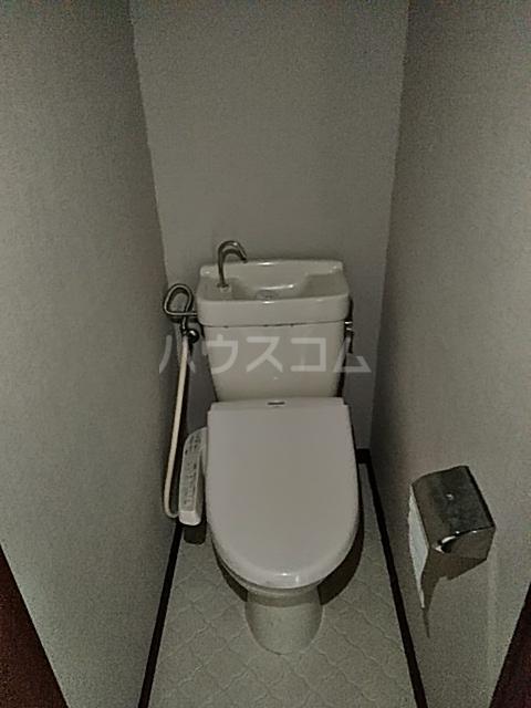 佐川コーポ 302号室のトイレ
