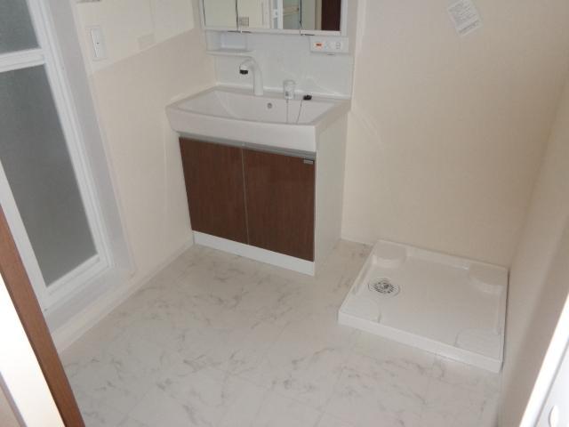 Plumeria(プルメリア) 206号室の洗面所
