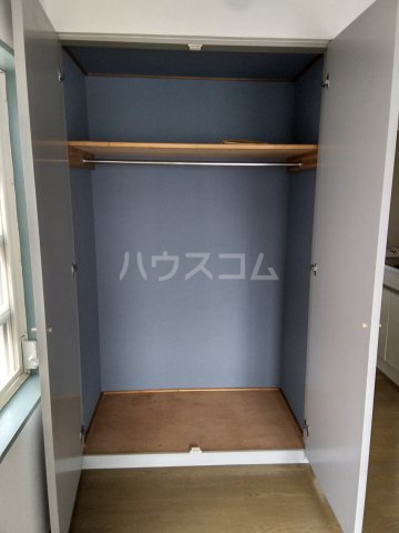 小高ハウス 205号室の収納
