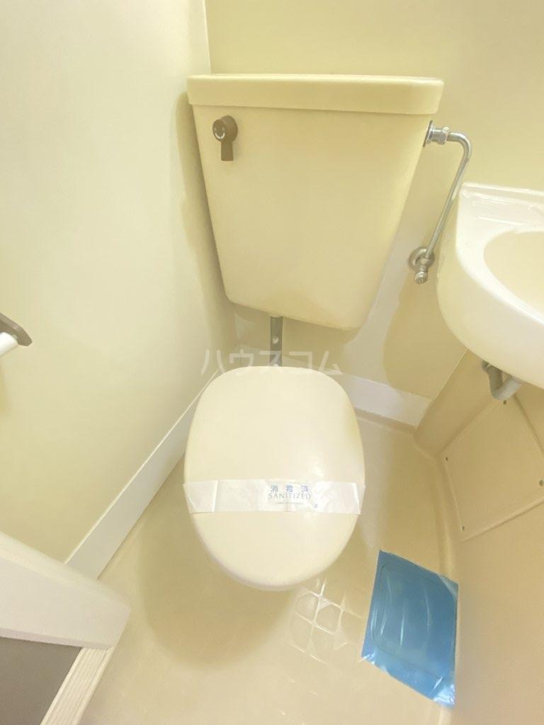 ロフティ初石 101号室のトイレ