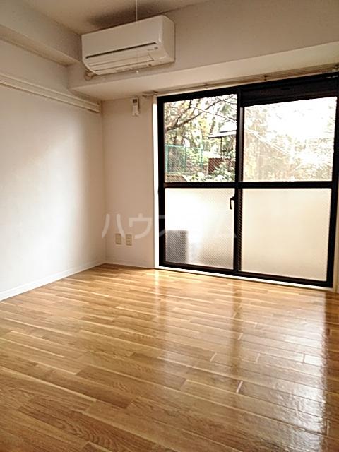 日神パレステージ市川 302号室の居室