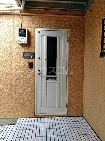ライトタウン宮久保C棟 105号室のロビー