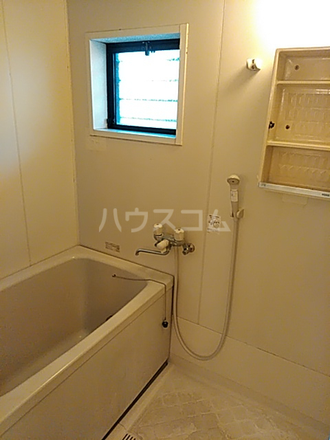 ライトタウン宮久保C棟 105号室の風呂