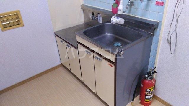 クレール市川 204号室のキッチン