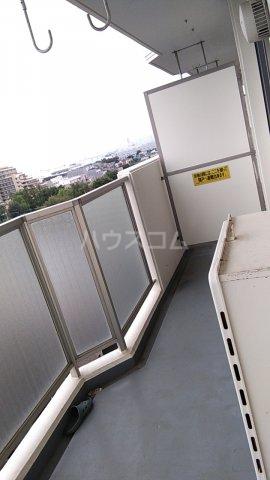 富士スカイハイツ 701号室のバルコニー