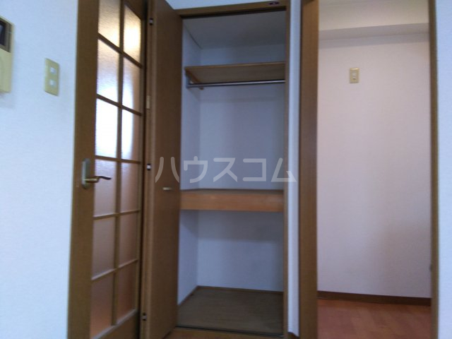 茅ヶ崎サザンビル 502号室の収納