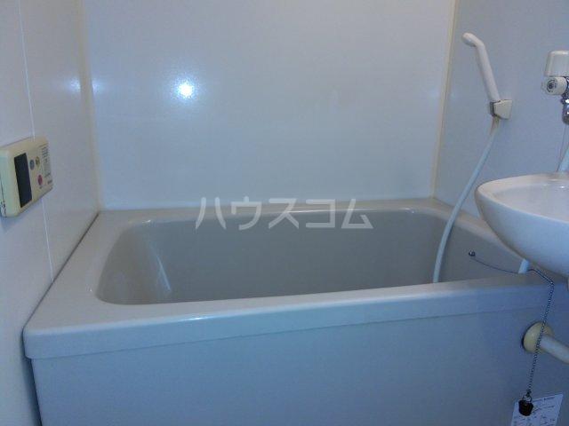 茅ヶ崎サザンビル 502号室の風呂