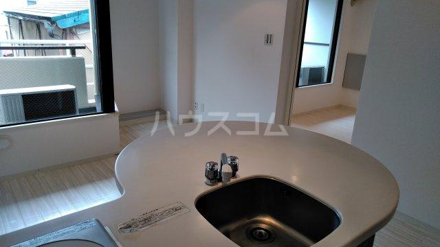 サンピア平塚 203号室の洗面所