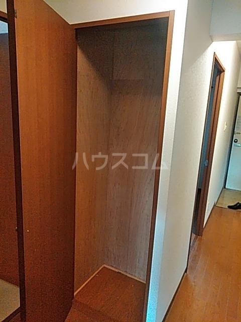 エスプリⅢ 102号室の収納