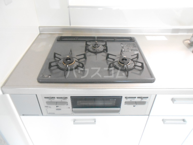 トーオービル 3-B号室のキッチン