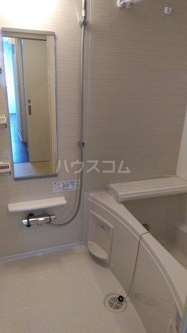 サンライズ市川 201号室の風呂