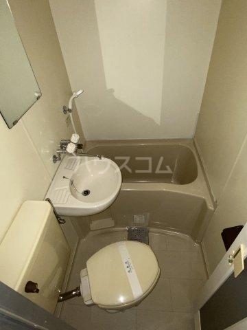フラッツ初石 104号室の風呂