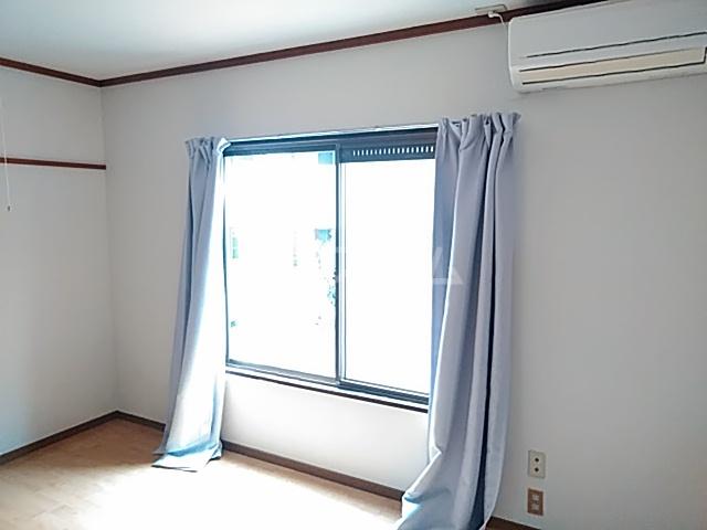 コーポコジマA棟 206号室のリビング