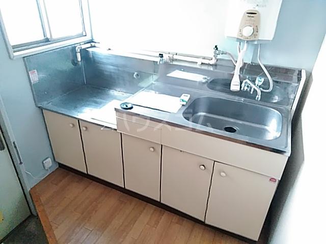 コーポコジマA棟 206号室のキッチン