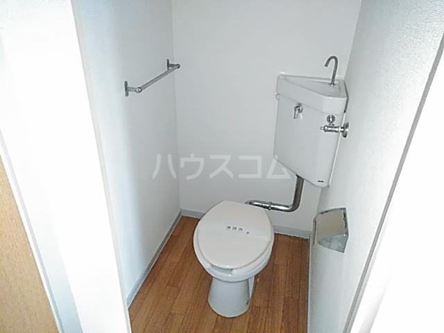 コーポコジマA棟 206号室のトイレ