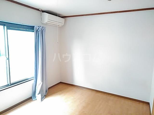 コーポコジマA棟 206号室のベッドルーム