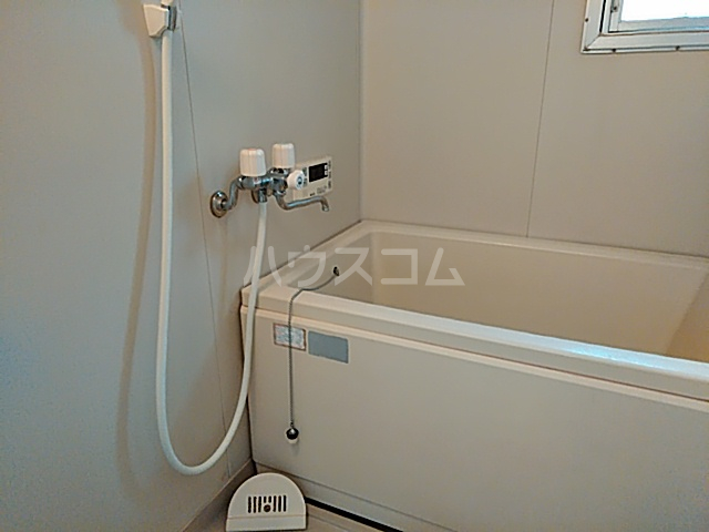 ハイツハーベスト 303号室の風呂