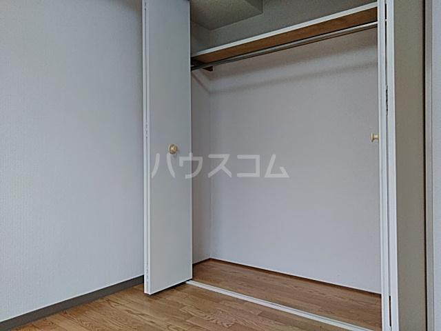 ハイツハーベスト 303号室の収納